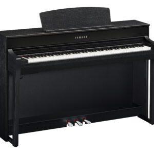 Yamaha CLP745 Black
