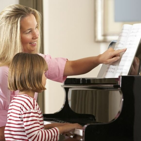 What's the best age to start learning the piano?