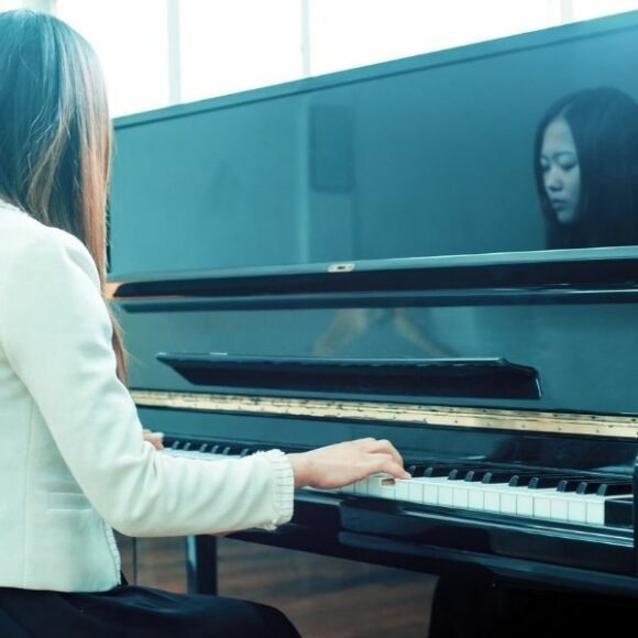 Up close and personal with upright pianos